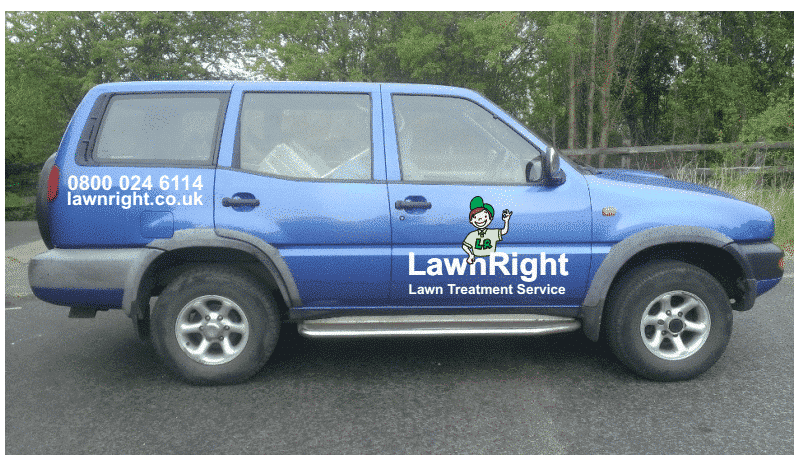 LawnRight lawn treatment service doncaster